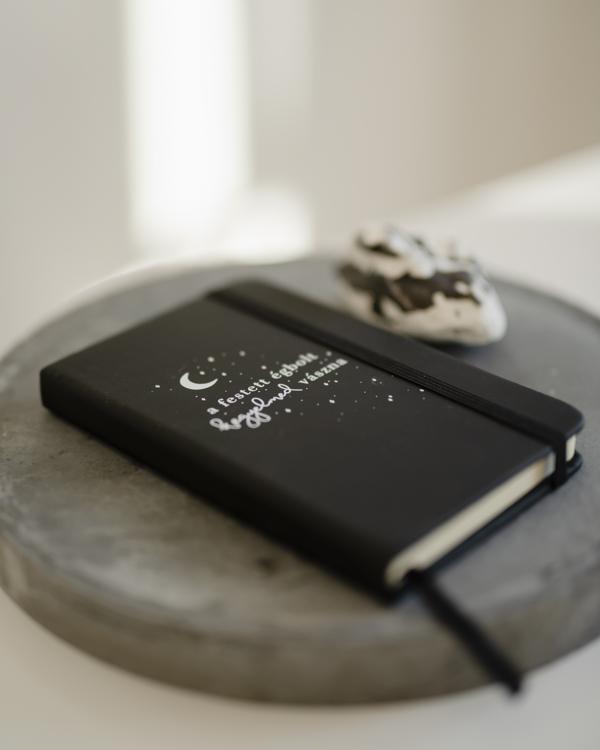 Jegyzetfüzet, füzet, a4, vonalas füzet, Istentisztelet jegyzet, napló - Kegyelmed vászna