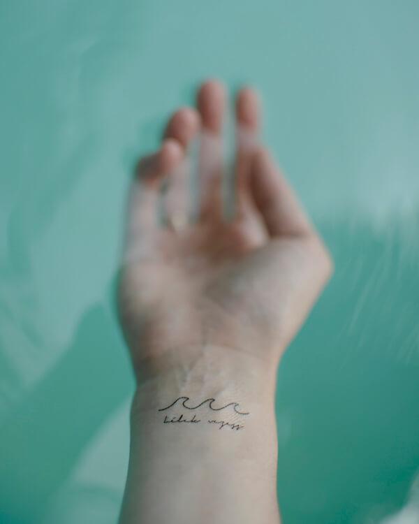 lemosható tattoo tetkó keresztény felírat ige, idézet, vezetés